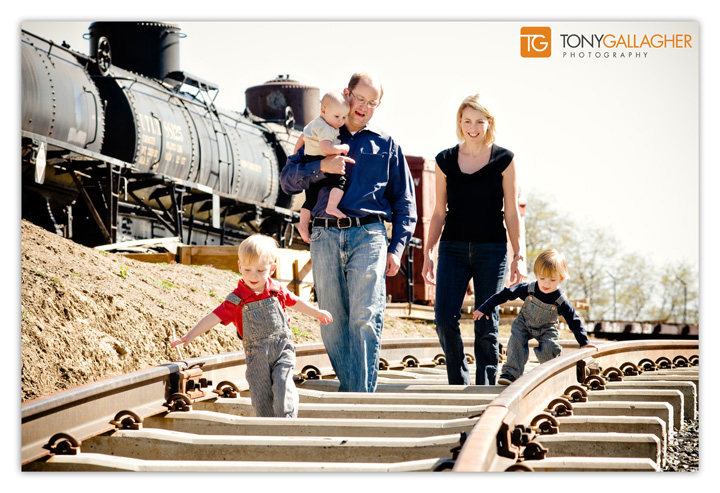 family-portraits-portrait-photographer-tony-gallagher-photography-golden-colorado-1