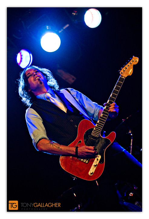 del-toro-torelli-guitar-tony-gallagher-photography-denver-colorado-photographer-3