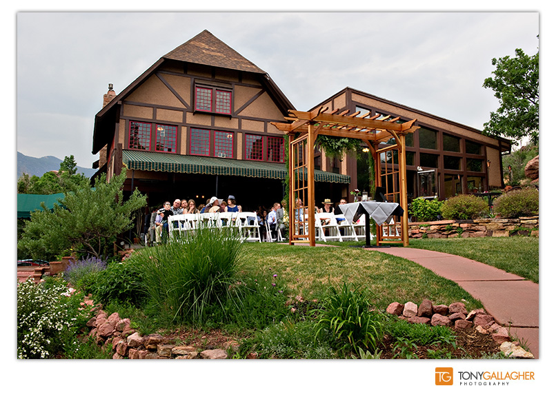 craftwood-inn-manitou-springs-colorado-denver-wedding-photographer-photos-tony-gallagher-photography-11