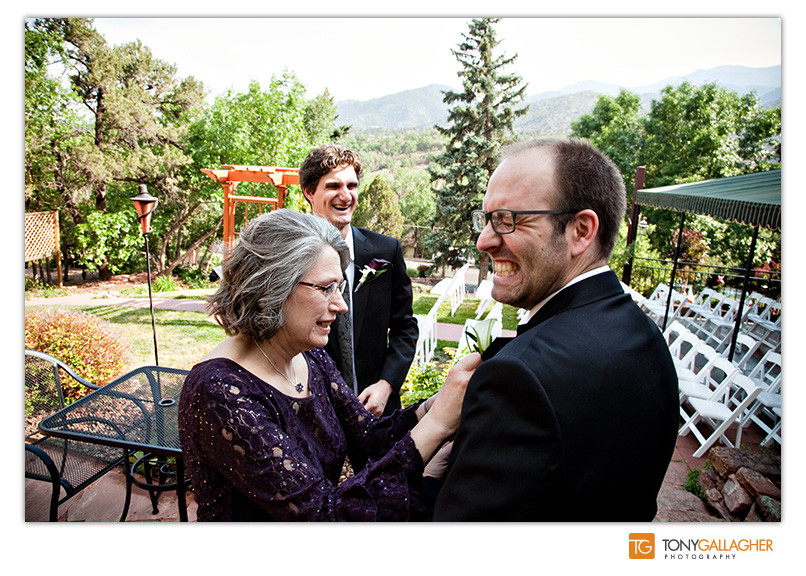 craftwood-inn-manitou-springs-colorado-denver-wedding-photographer-photos-tony-gallagher-photography-6